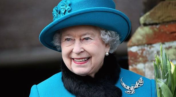 Η Βασίλισσα της Αγγλίας πιστεύει ακράδαντα στις εναλλακτικές θεραπείες και τις προκρίνει έναντι της συμβατικής ιατρικής